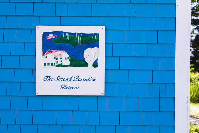 Second Paradise retreat sign