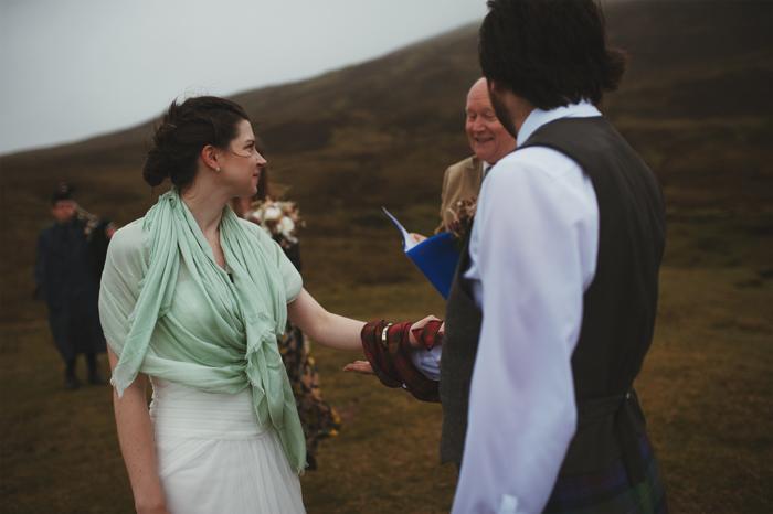 isle-of-skye-elopement-chelsea-gabriel-40