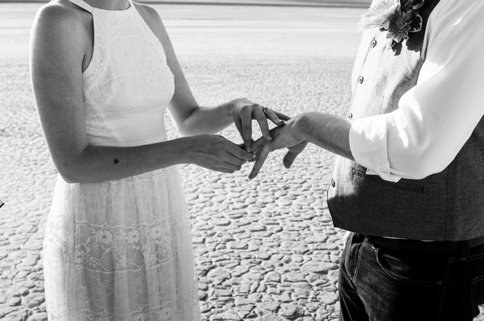 pop-up-wedding-elopement-dry-lake-bed-cherise-martin-13