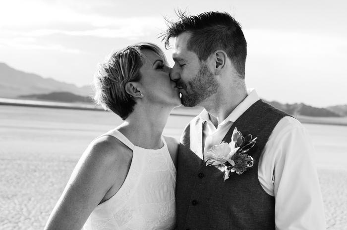 pop-up-wedding-elopement-dry-lake-bed-cherise-martin-15