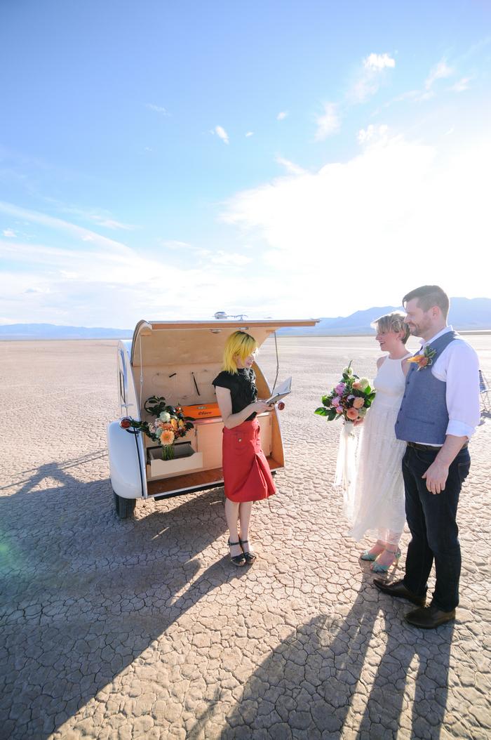 pop-up-wedding-elopement-dry-lake-bed-cherise-martin-7