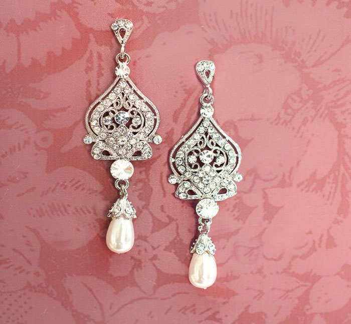 1920s-Pearl-Earrings