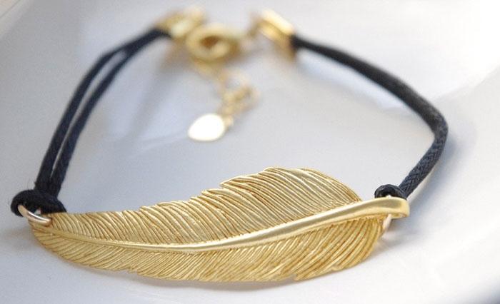 Bohemian-Feather-Bracelet