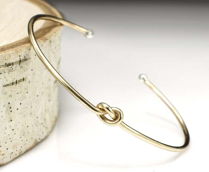 Love-Knot-Bracelet