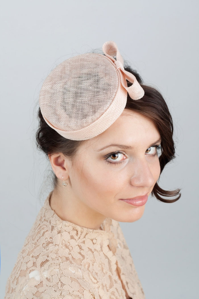 10 Bridal Hats and Fascinators 8bd014a9d49
