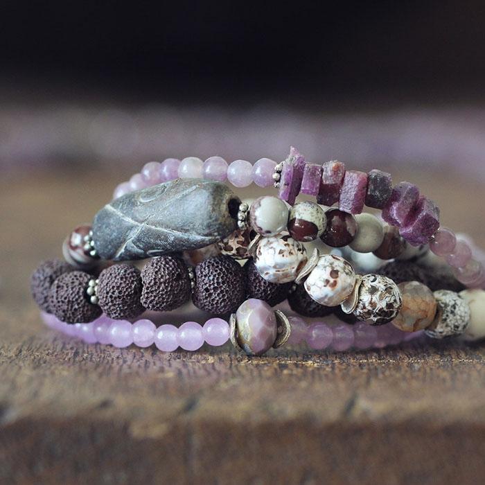 http://www.intimateweddings.com/wp-content/uploads/2015/10/Rustic-Stone-Bracelet-700x700.jpg