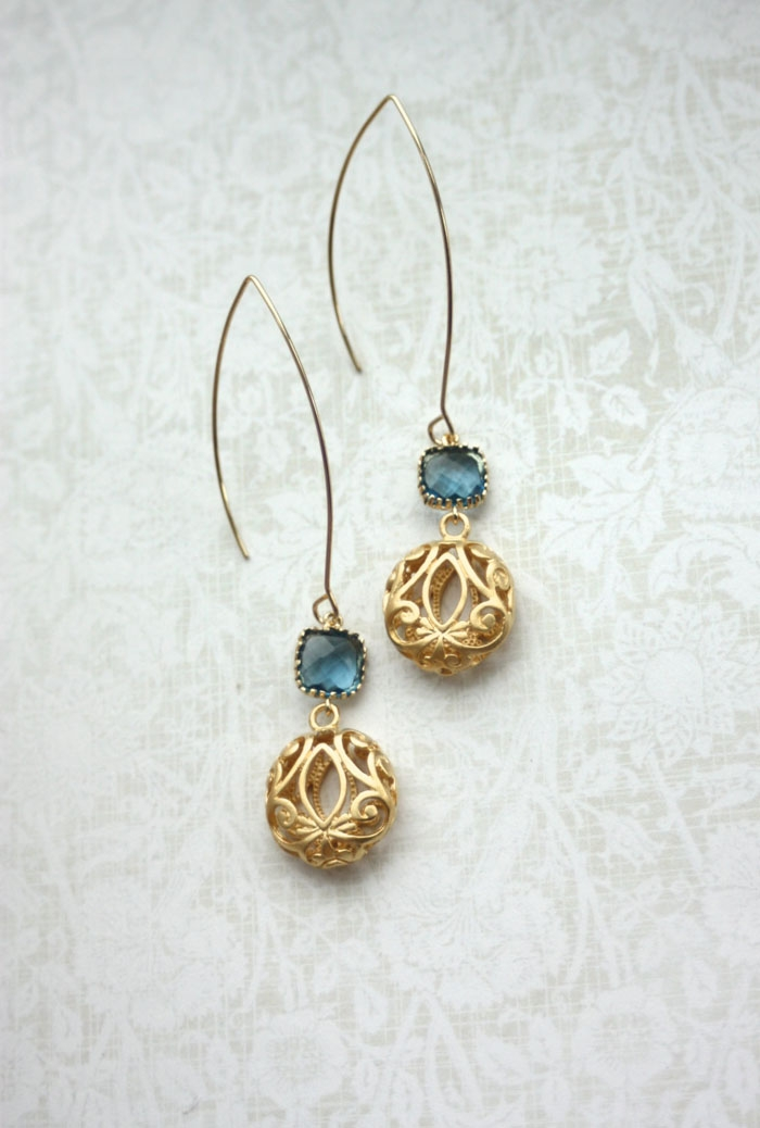 Saphire-Gold-Earrings
