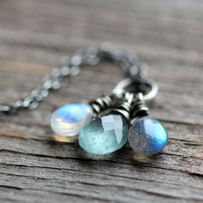 Silver-Moonstone-Necklace