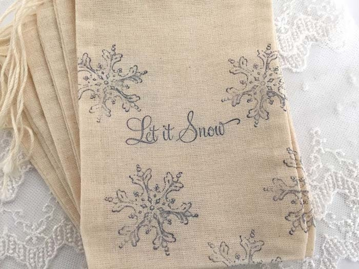 Snowflake-Muslin-Bags