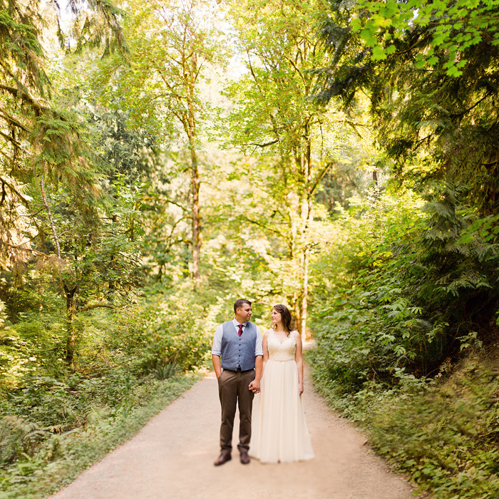 backyard-seattle-intimate-wedding-emily-billy_0453