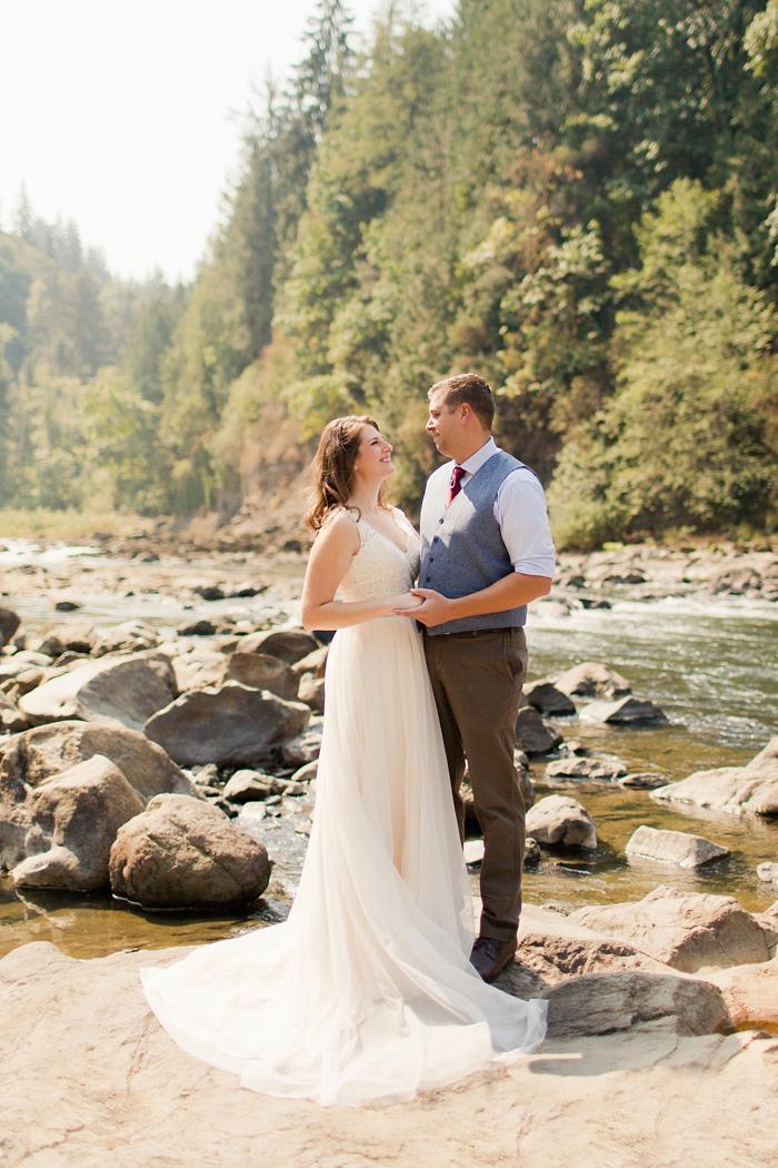 backyard-seattle-intimate-wedding-emily-billy_1811