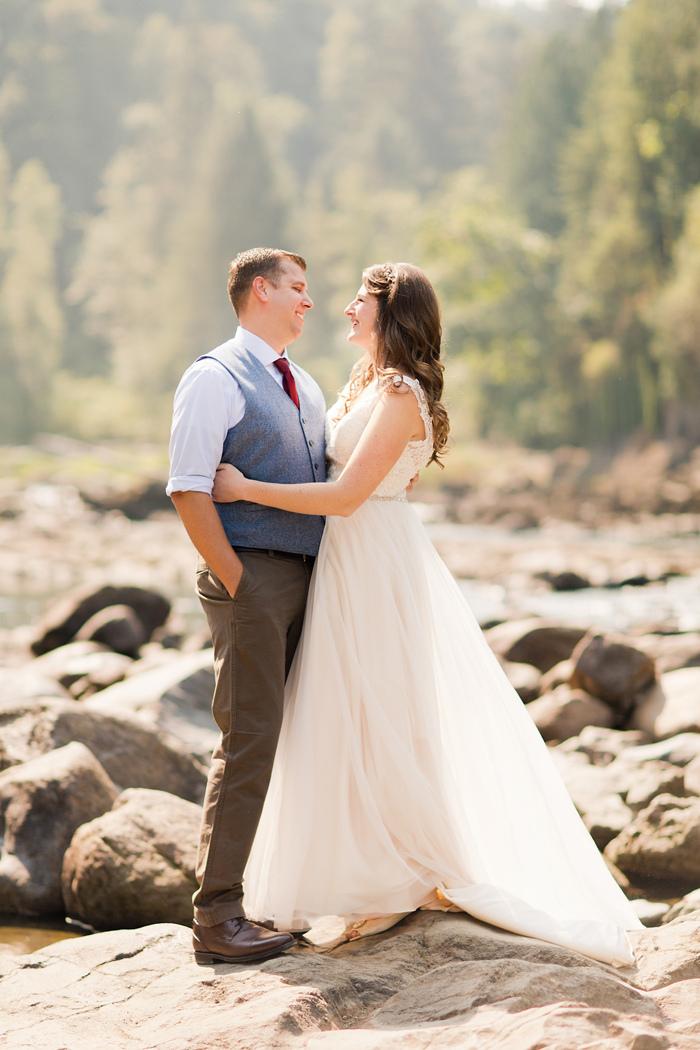 backyard-seattle-intimate-wedding-emily-billy_1903