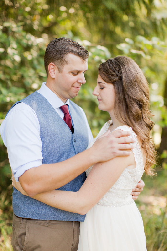 backyard-seattle-intimate-wedding-emily-billy_2326