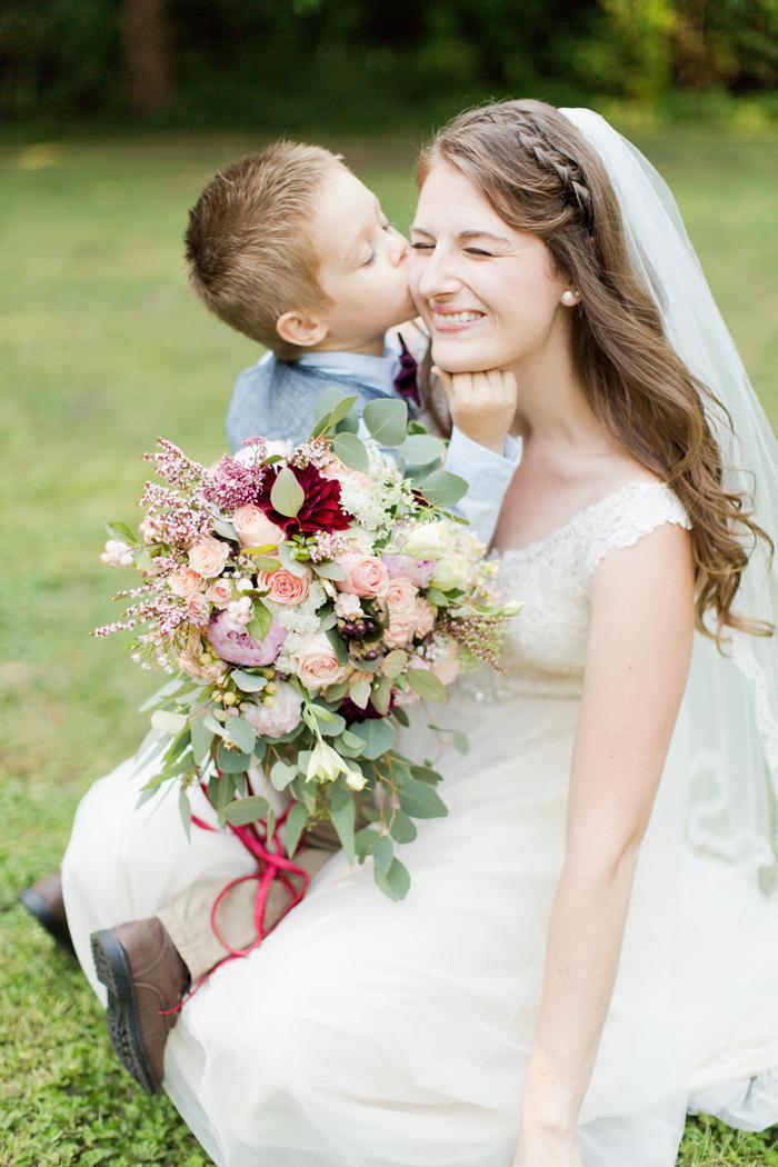 backyard-seattle-intimate-wedding-emily-billy_2845