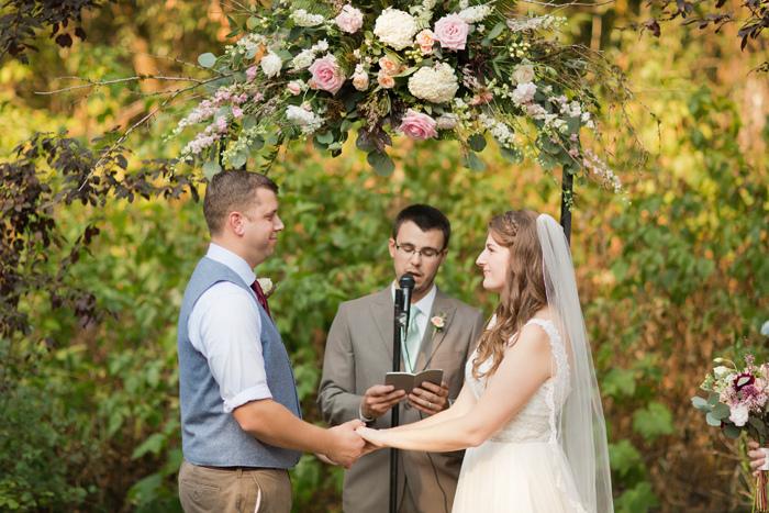 backyard-seattle-intimate-wedding-emily-billy_3335