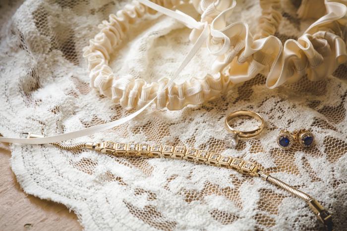 intimate-arkansas-wedding-thorncrown-chapel-Lenzi_and_Chris_15
