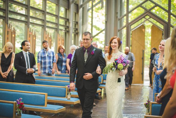 intimate-arkansas-wedding-thorncrown-chapel-Lenzi_and_Chris_36