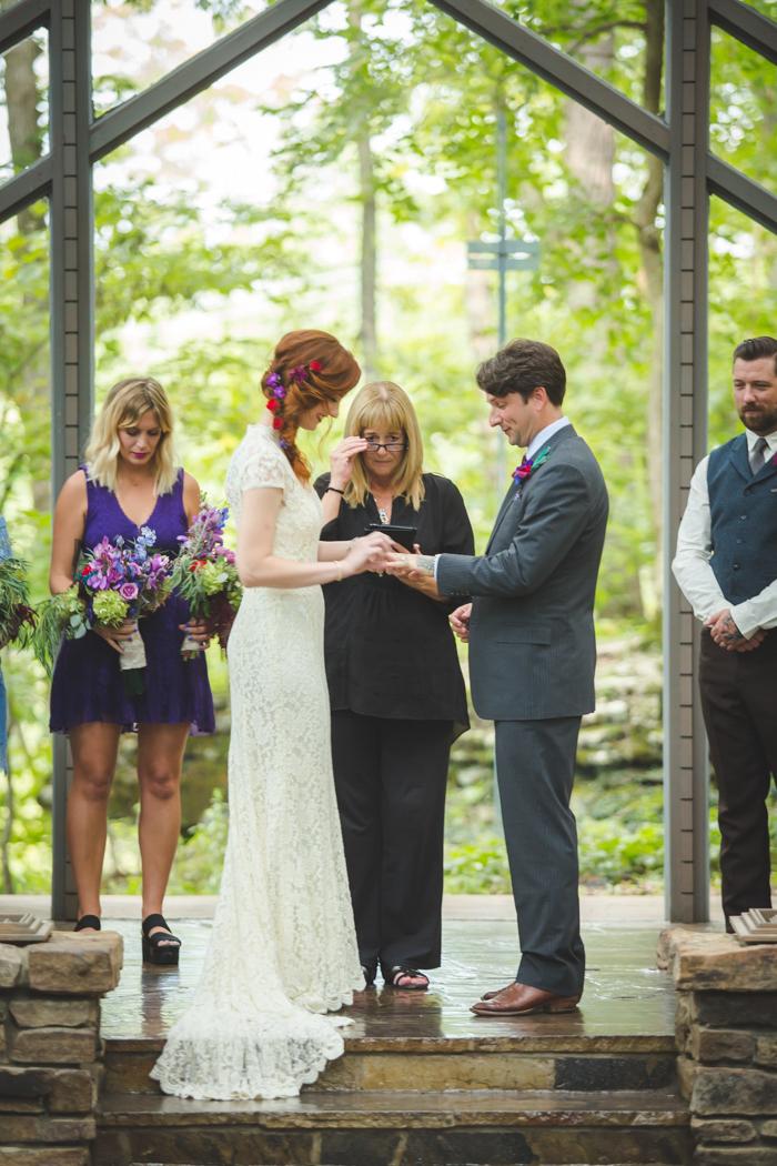 intimate-arkansas-wedding-thorncrown-chapel-Lenzi_and_Chris_38