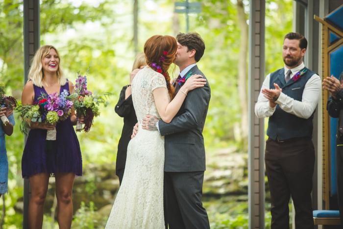 intimate-arkansas-wedding-thorncrown-chapel-Lenzi_and_Chris_39