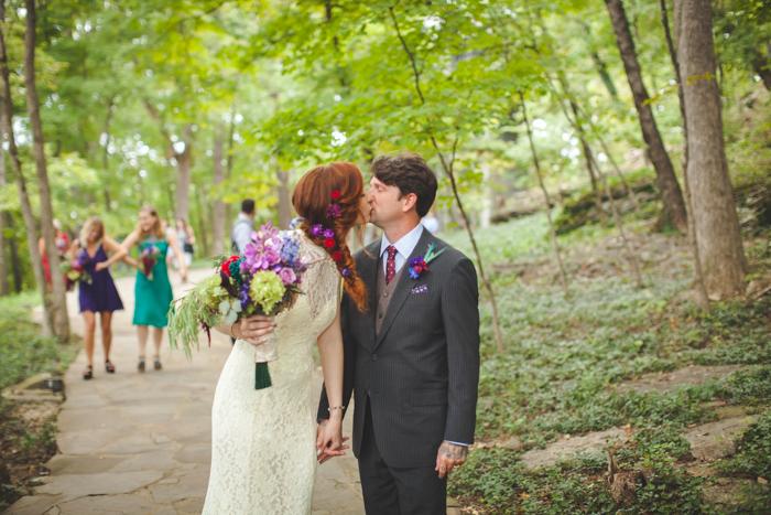 intimate-arkansas-wedding-thorncrown-chapel-Lenzi_and_Chris_40