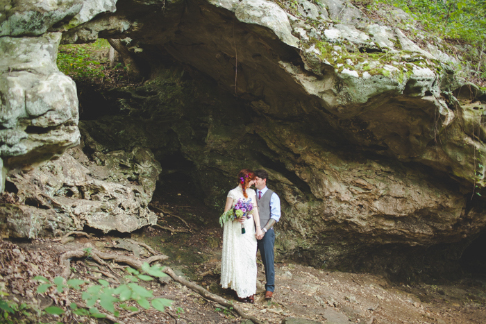 intimate-arkansas-wedding-thorncrown-chapel-Lenzi_and_Chris_56