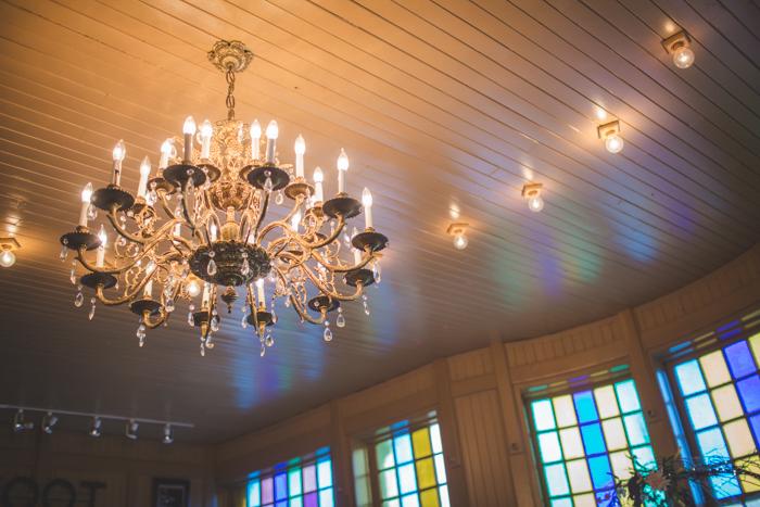 intimate-arkansas-wedding-thorncrown-chapel-Lenzi_and_Chris_63
