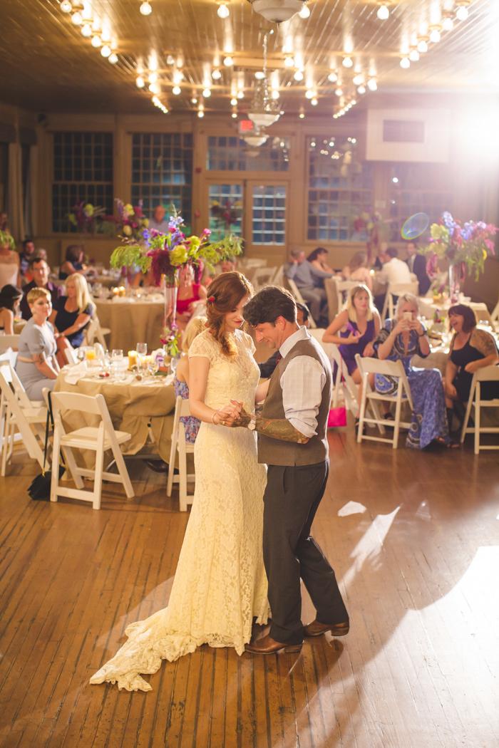 intimate-arkansas-wedding-thorncrown-chapel-Lenzi_and_Chris_80