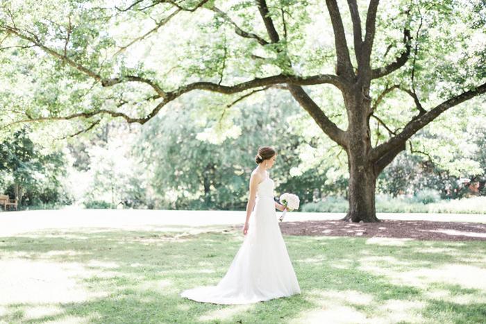 Chapel-Hill-NC-intimate-restaurant-wedding-jonathan-ali-0026