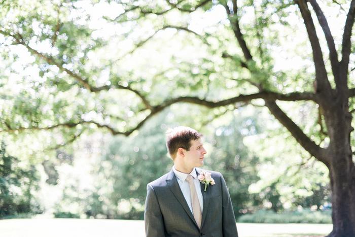 Chapel-Hill-NC-intimate-restaurant-wedding-jonathan-ali-0030