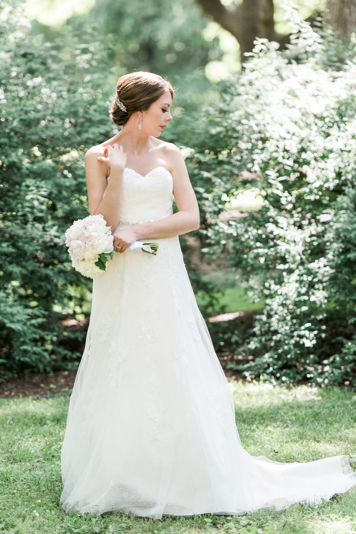 Chapel-Hill-NC-intimate-restaurant-wedding-jonathan-ali-0035
