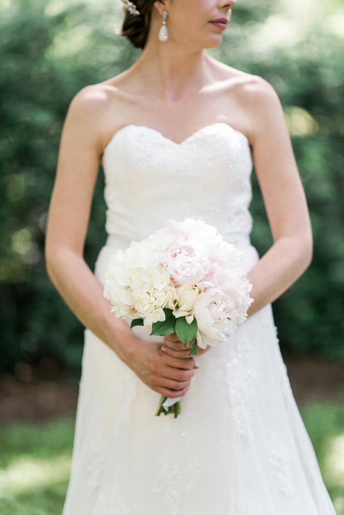 Chapel-Hill-NC-intimate-restaurant-wedding-jonathan-ali-0036