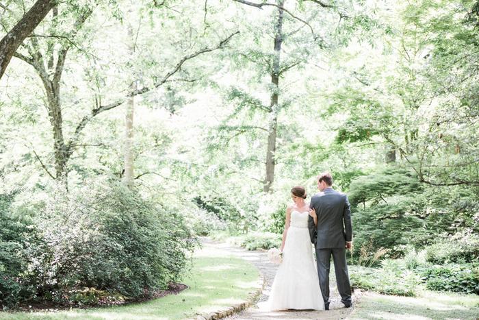 Chapel-Hill-NC-intimate-restaurant-wedding-jonathan-ali-0042