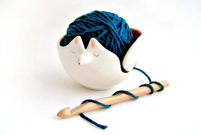 Christmas-Yarn-Bowl