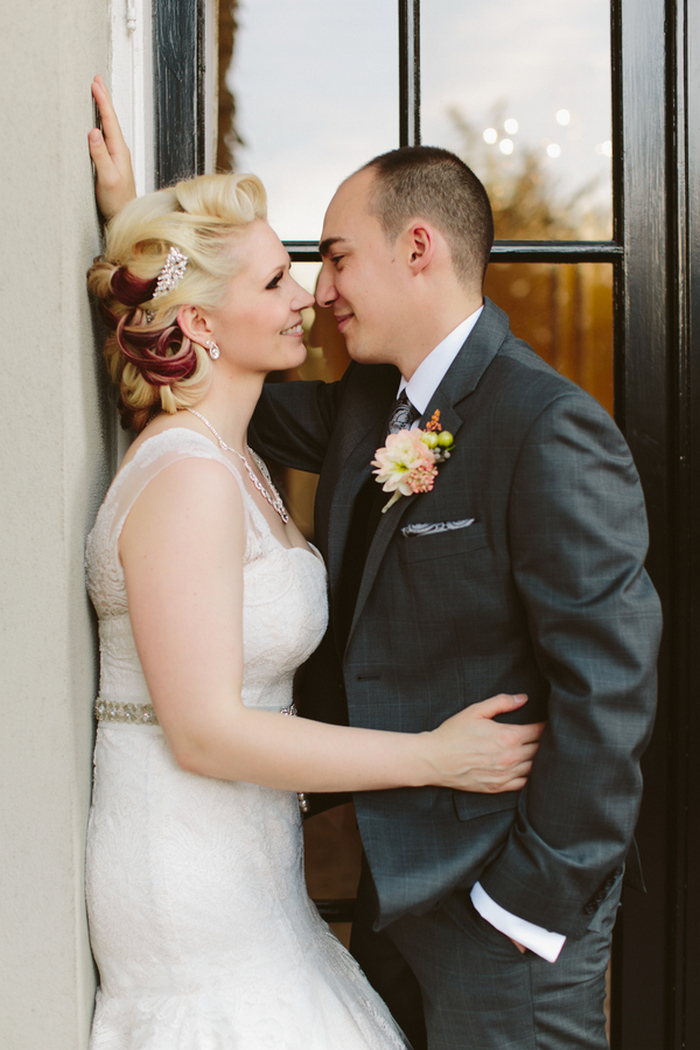http://www.intimateweddings.com/wp-content/uploads/2015/11/Hycroft-Manor-Vancouver-Elopement-Sarah-Jordan-2.jpg