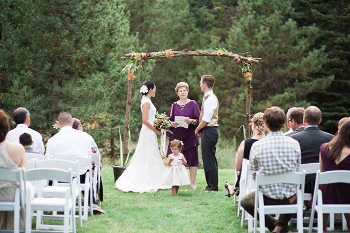 Mount-Hood-Oregon-backyard-wedding-Kristin-Gregory-16