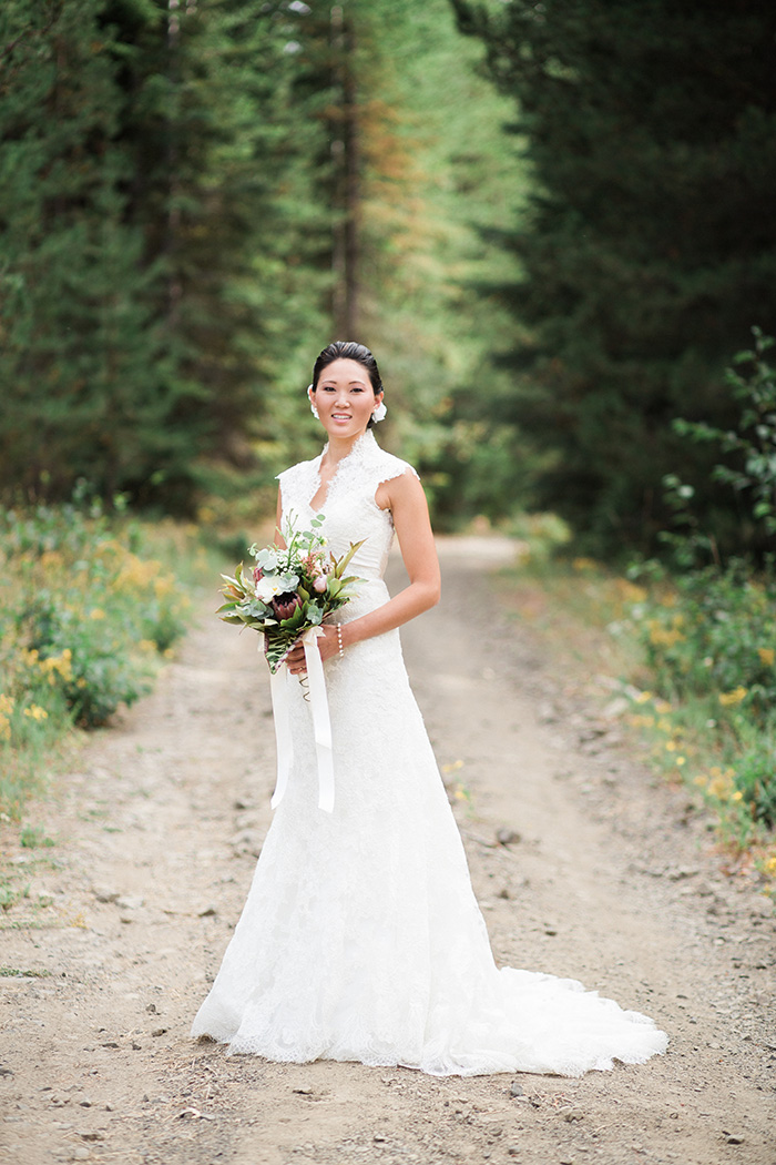 Mount-Hood-Oregon-backyard-wedding-Kristin-Gregory-26