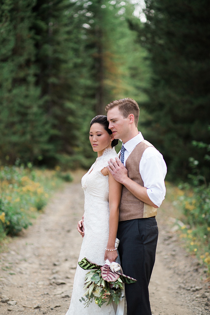 Mount-Hood-Oregon-backyard-wedding-Kristin-Gregory-31