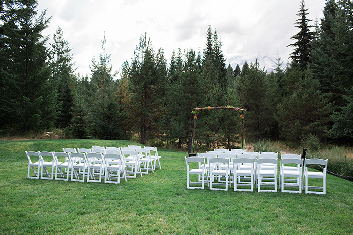Mount-Hood-Oregon-backyard-wedding-Kristin-Gregory-40