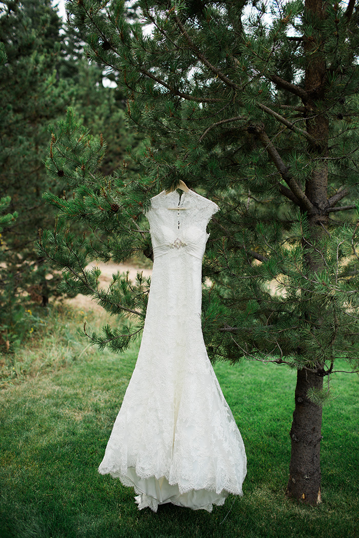Mount-Hood-Oregon-backyard-wedding-Kristin-Gregory-49