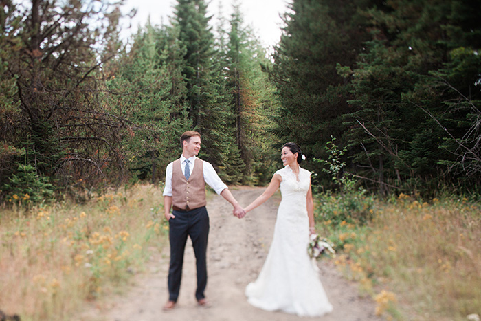 Mount-Hood-Oregon-backyard-wedding-Kristin-Gregory-50