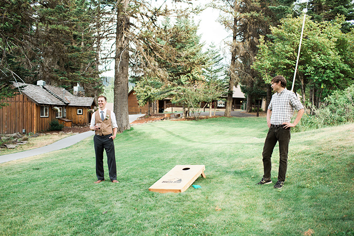 Mount-Hood-Oregon-backyard-wedding-Kristin-Gregory-8
