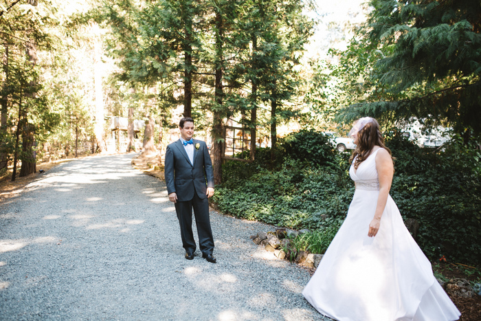 intimate-oregon-farm-wedding-amanda-eddie-17