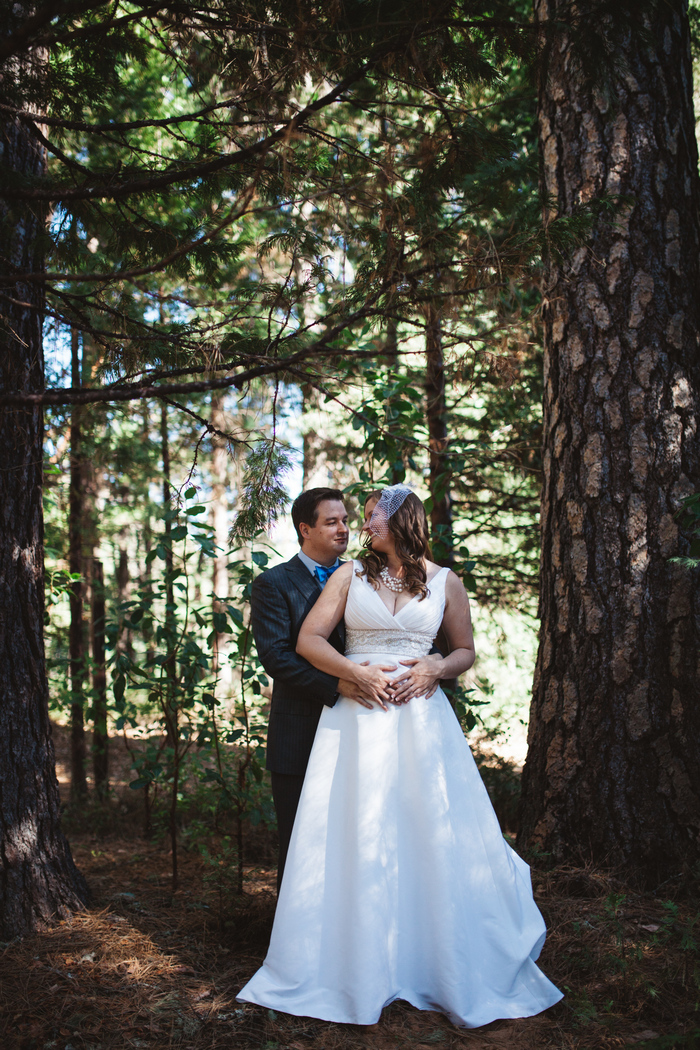 intimate-oregon-farm-wedding-amanda-eddie-21