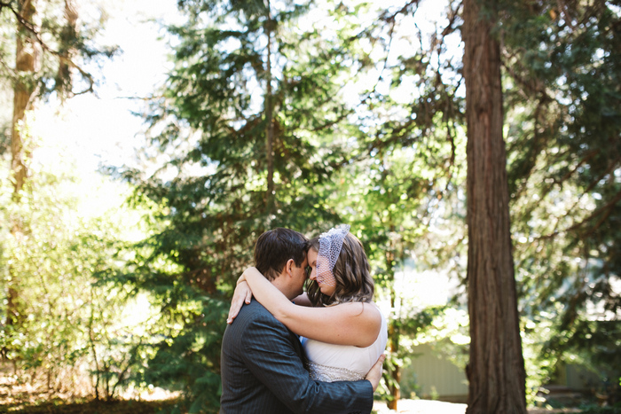 intimate-oregon-farm-wedding-amanda-eddie-25