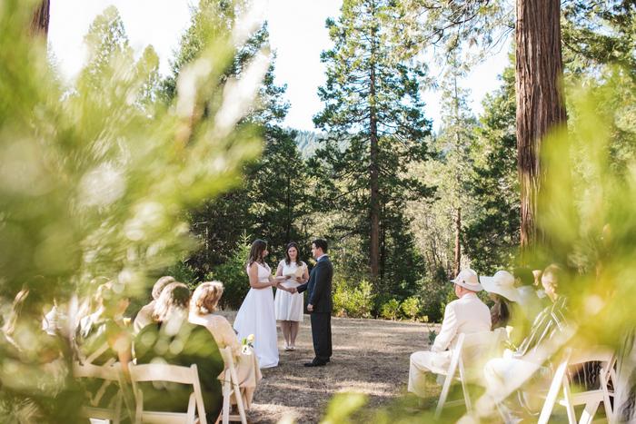 intimate-oregon-farm-wedding-amanda-eddie-47