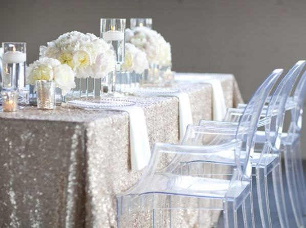 silver table cloth