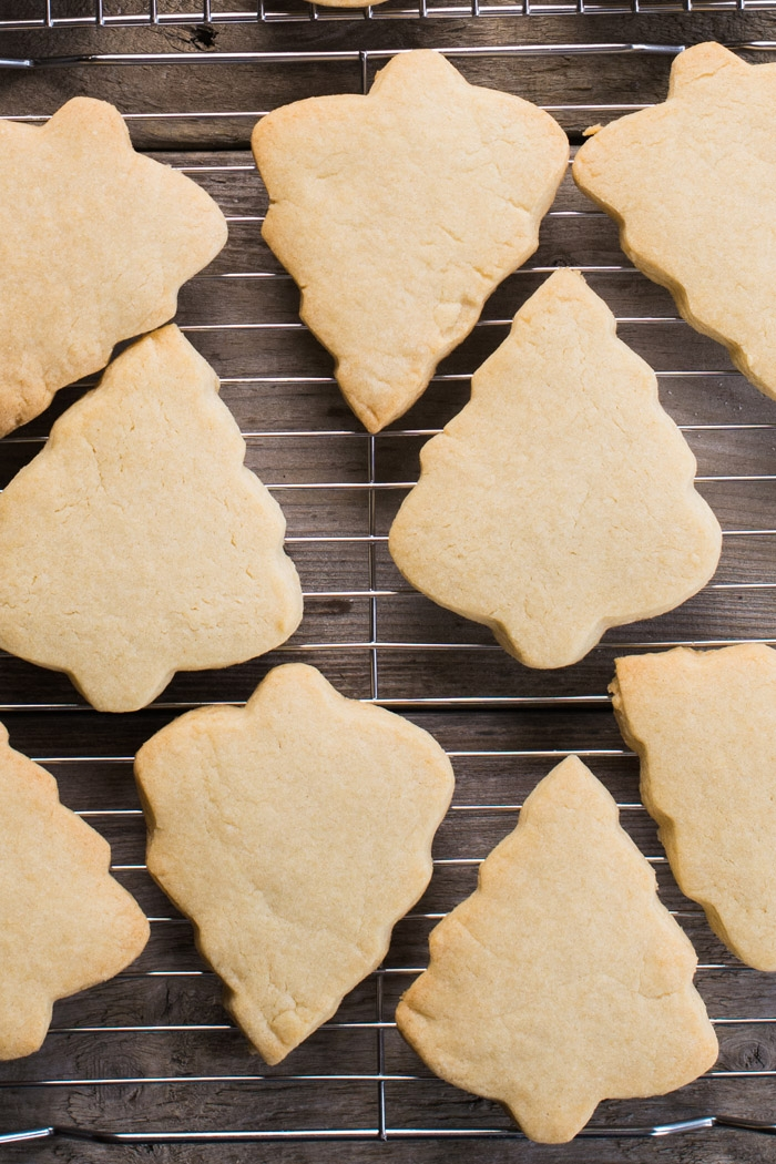sugar-cookies-easy-16