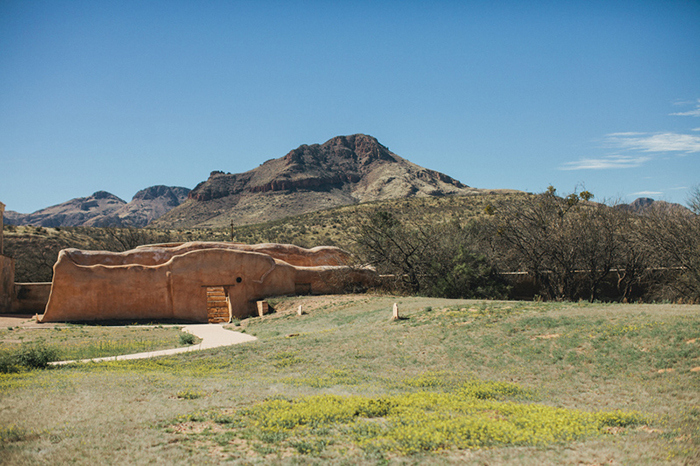tucson-arizona-historic-mission-elopement-melissa-adam_09
