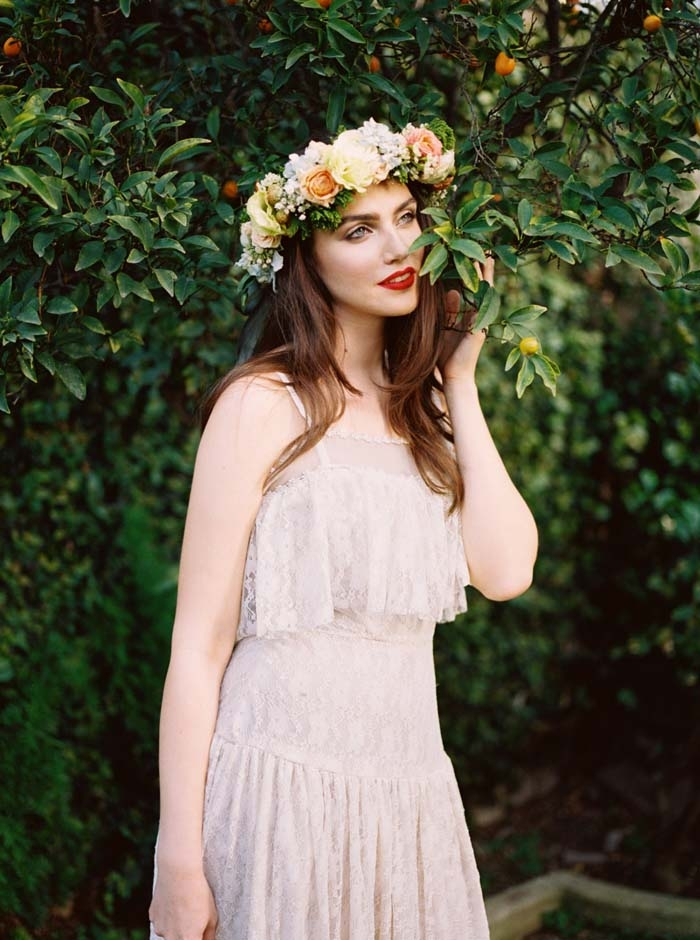 http://www.intimateweddings.com/wp-content/uploads/2015/12/Boho-Strappy-Dress-700x940.jpg