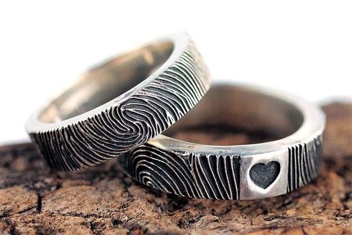 Fingerprint-Wedding-Band-Mens